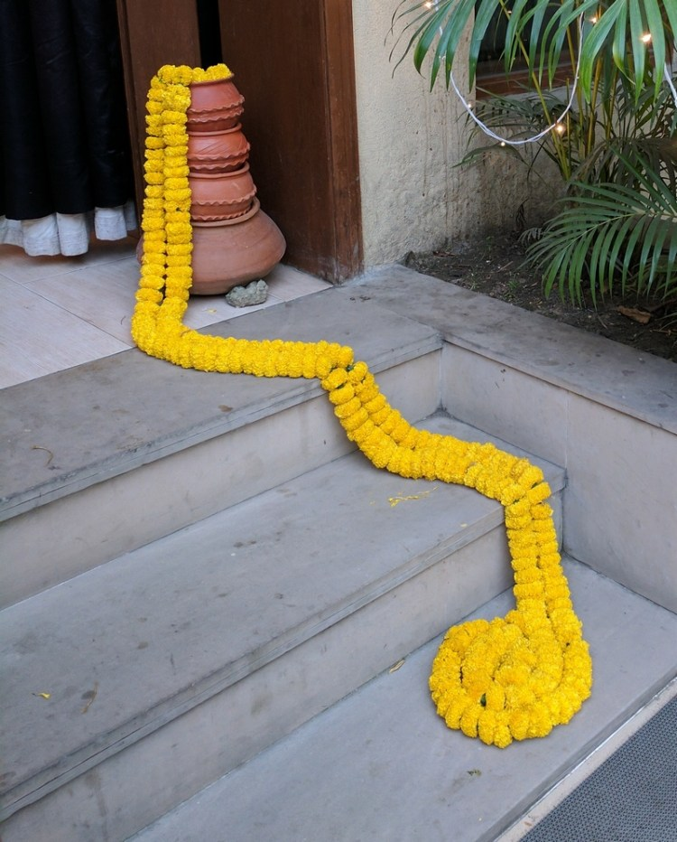 Super Simple Marigold Flower Decoration Ideas For Your ...