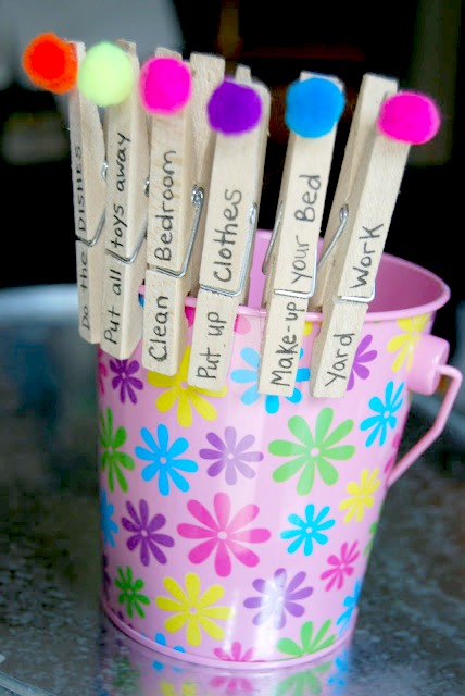 10 Cute Chore-Reward Ideas for Your Child's Room - Clothes pin chart