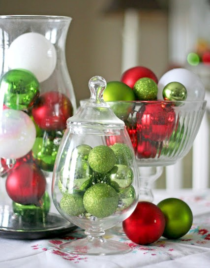 20 Cute and Easy Christmas Decor Ideas - Ornaments