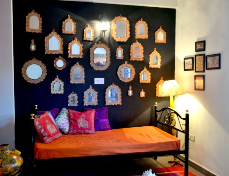 How To Make A Stunning Mirror Gallery Wall