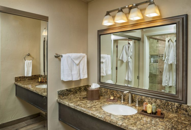The Scottsdale Plaza Resort Reveals Newly Renovated Guest
