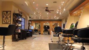 Scottsdale Plaza Resort Salon