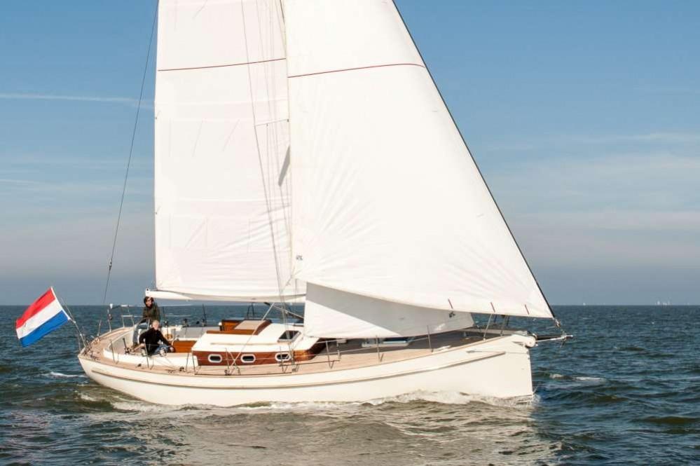 Aluminium Offshore Cruiser For The Demanding Sailor