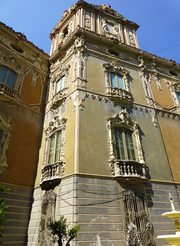 Valencia - The Alabaster House