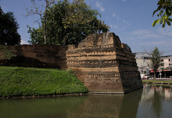 Chiang Mai - city walls & moat