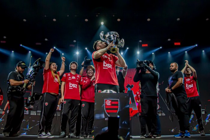 CBLoL 2019 - Como o Flamengo conseguiu levantar o caneco na final contra a INTZ