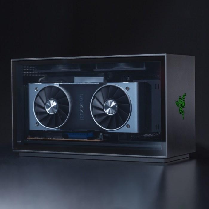 Razer apresenta PC gamer compacto e novo controle para smartphones na CES 2020