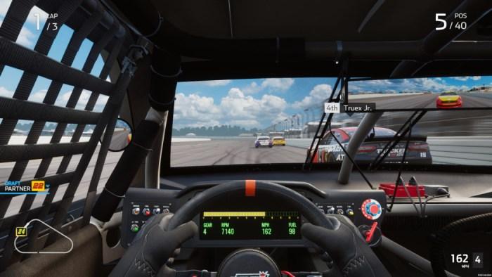 Análise Arkade - NASCAR Heat 5, um jogo feito para fãs