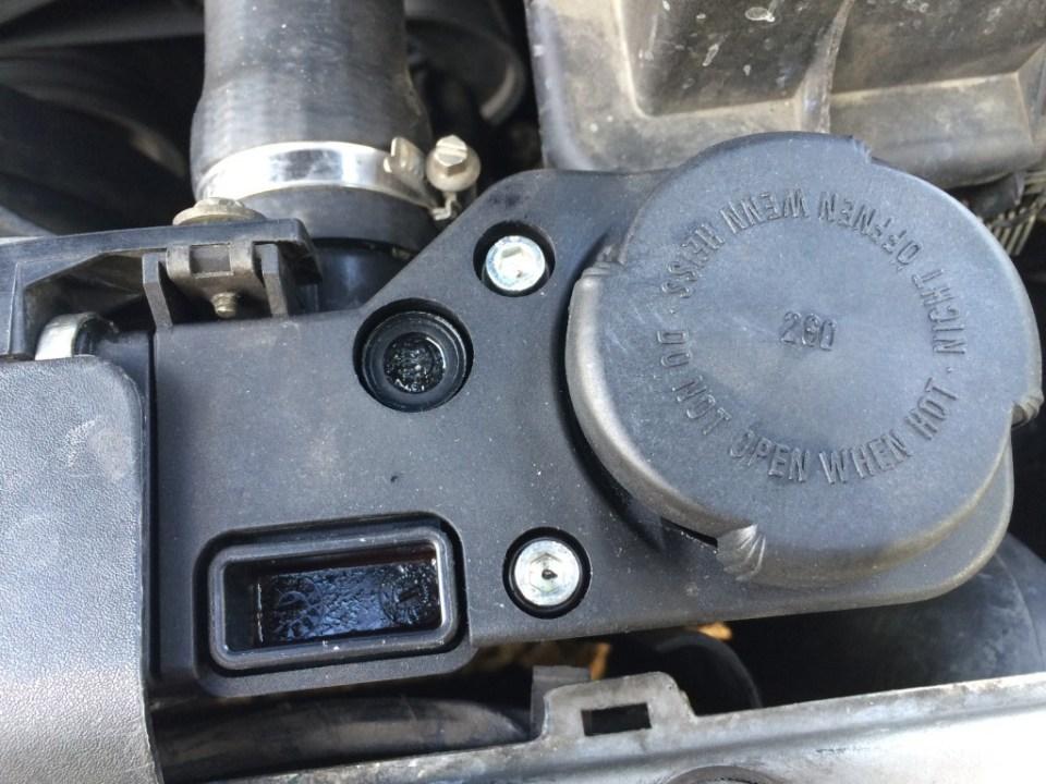urwana śruba odpowietrznika BMW e36