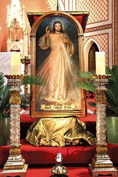 Devotion To Divine Mercy Spreading Across Diocese Arkansas Catholic April 27 2019