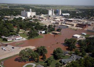 2 more Oklahoma towns urged to evacuate