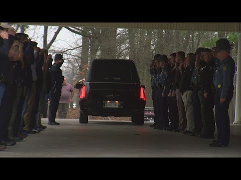 Watch: Procession for slain Hot Springs police officer