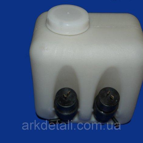 Бачок омывателя нового образца на ВАЗ 2104,05,07 в сборе (2 мотора)