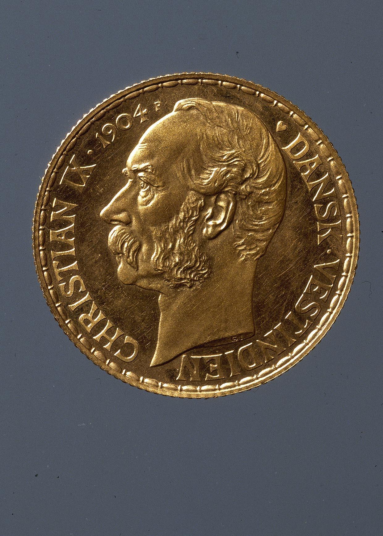 Christian IX 50 francs/10 daler fra Dansk-Vestindien, 1904. Nationalmuseet. Foto: Lennart Larsen