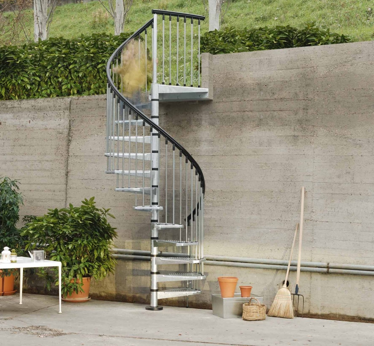 Metal Outdoor Spiral Staircase Exterior Stairs   Outdoor Spiral Staircase Lowes   Kits Lowes   Curved Staircase   Lowes Com   Dolle Calgary   Handrail