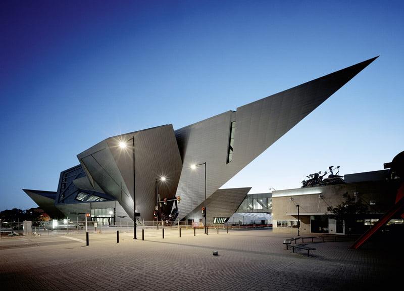 Los 12 dise os arquitect nicos modernos m s innovadores for Imagenes de arquitectura minimalista