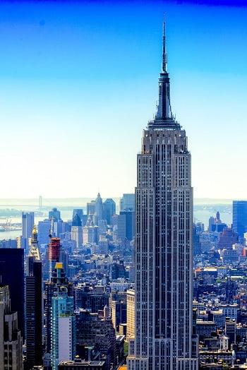 new yorkcuando fue construido el empire state building de nueva york rompieron rcords mundiales de altura del edificio alcanzando una altura de