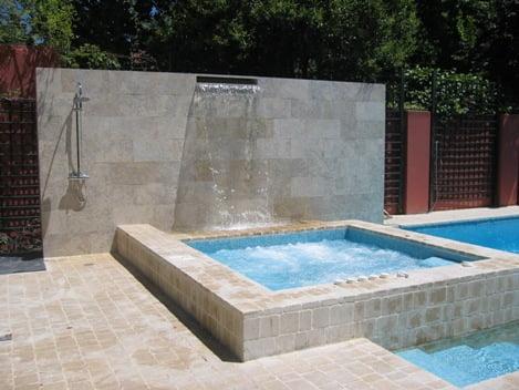 Tipos de piscinas for Piscinas pequenas con cascadas