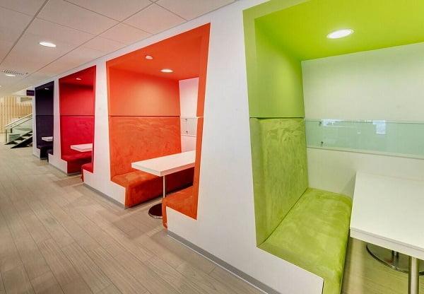 Dise o de interiores de oficinas modernas for Interior oficinas modernas