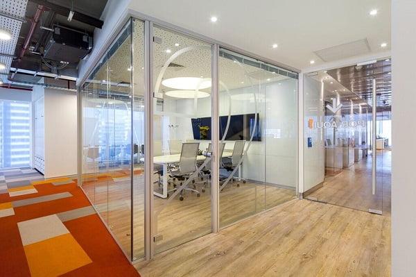 Dise o de interiores de oficinas modernas for Diseno de interiores de oficinas modernas