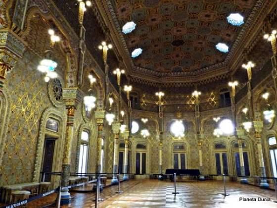 palacio-de-la-bolsa-oporto2