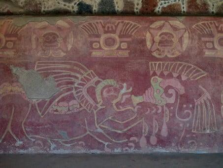 palacio-de-los-jaguares-mural