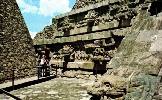 templo-quetzalcoatl-2
