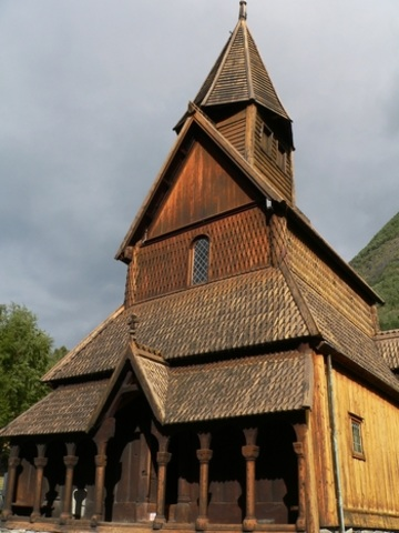 iglesia-de-madera-noruega