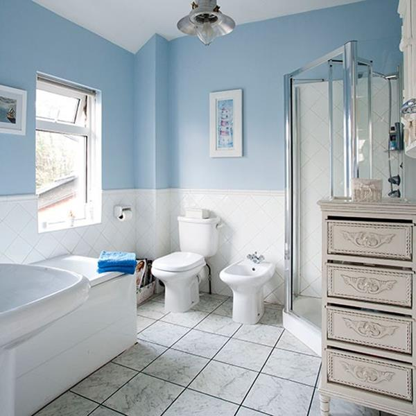 Top Designers Ideal Wall Paint Hues For Bathrooms: Baños Color Celeste