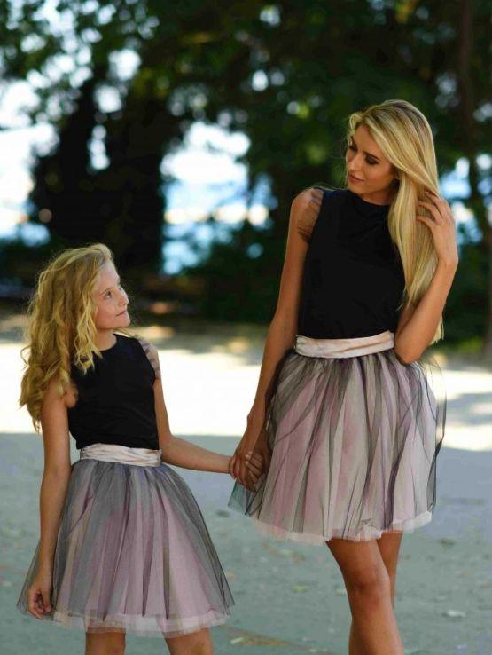 Комплект еднакви поли от тюл и топ за майка и дъщеря