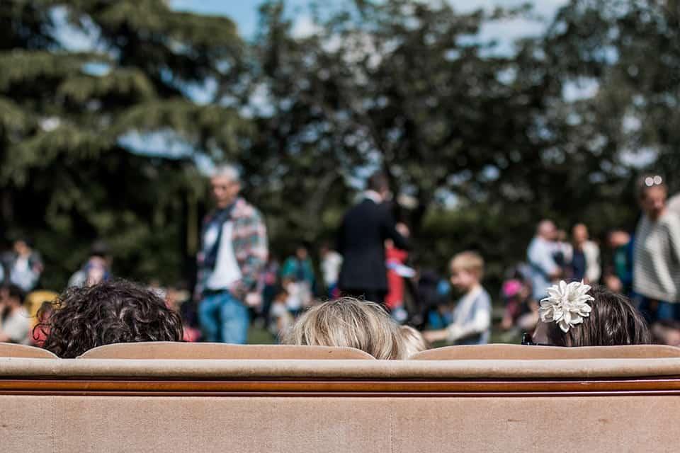 Photo d'ambiance La Fête #5 - trois enfants sur un canapé