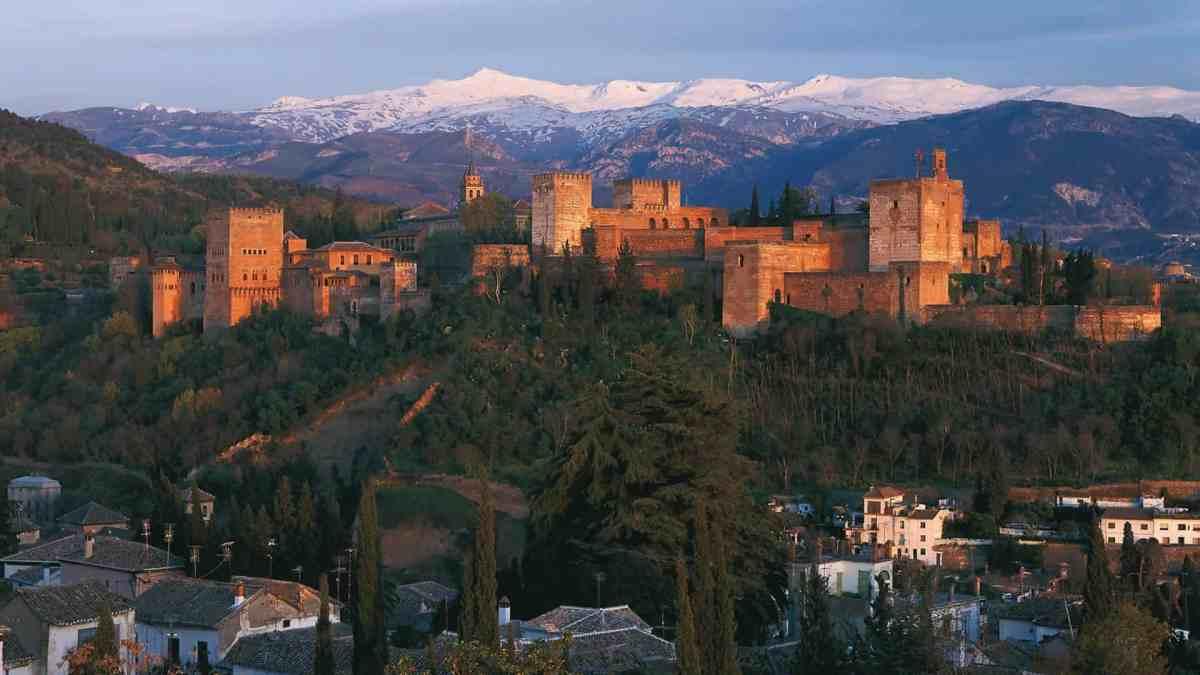 Photo - paysage d'Andalousie (Village et montagne)