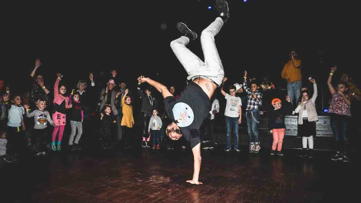 Photo Les Boumboxeurs - Stan danse le hip-hop