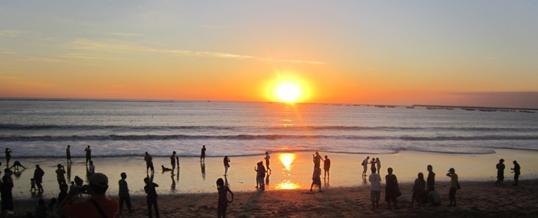 Outbound di Bali - Pantai Jimbaran