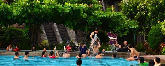 Outing Bali Swimming Pool