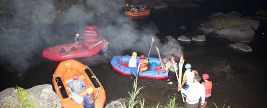 Bali Rafting Sungai Ayung Malam