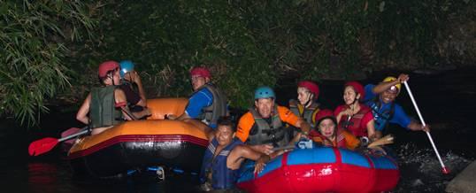 Outing Bali Night Rafting Padle