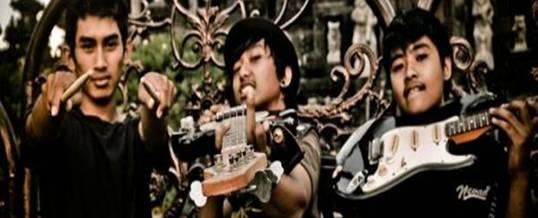 Toya Devasya Gathering Bali Band Accoustic