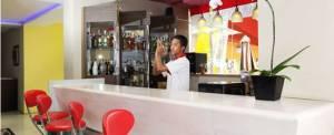 Rivavi Hotel Kuta Cafe & Bar