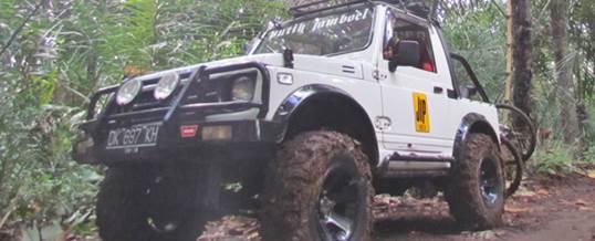 Offroad Bali Jeep Putih Kebun Salak - GGA1