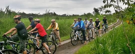 Outbound Bali Di Bongkasa Cycling Kombinasi Tubing
