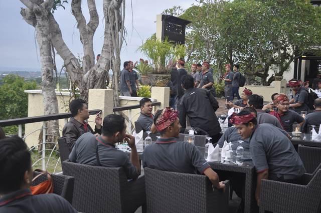 Outbound Bali Dinner GWK - Lintasarta 1