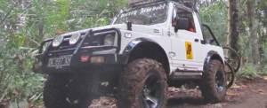 Paket Outing Offroad Bali Jeep Putih 6
