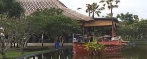 Gatahring Bali Istana Taman Jepun