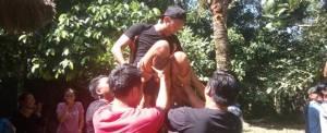 Outbound di Desa Taro Bali & ATV Ride - Game Angkat