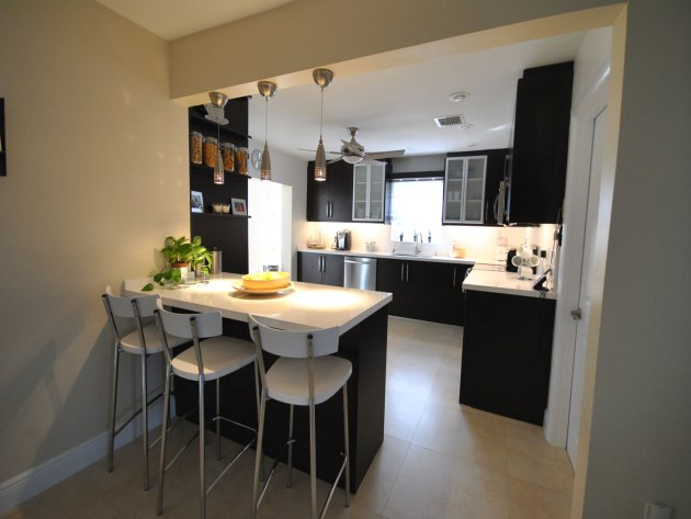 Contemporary-Kitchen-Miami-41