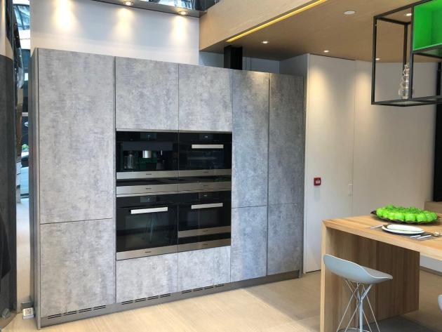 Contemporary-Kitchen-Miami-33