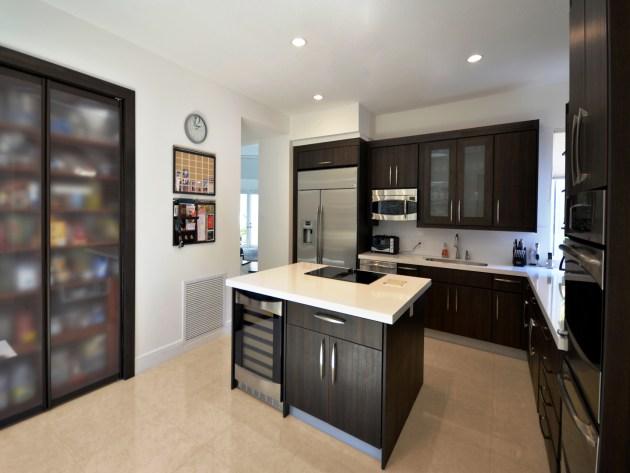 Contemporary-Kitchen-Miami-12