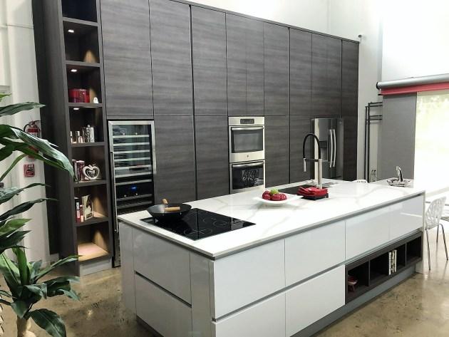 Contemporary-Kitchen-Miami-40
