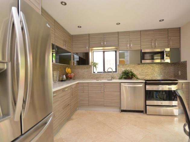 Contemporary-Kitchen-Miami-17